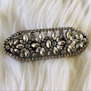 Wedding/prom hair clip with crystals